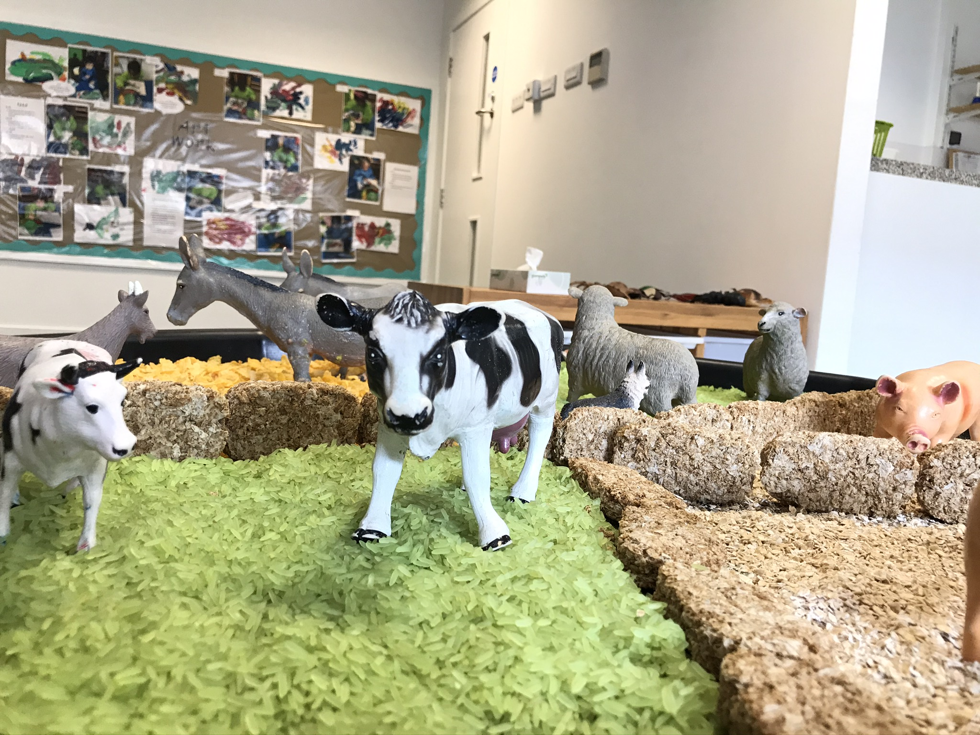 Farmyard animals in nursery toddler's room